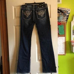 Miss Me Jeans, Boot